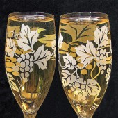 Grapevine Champagne Flutes, vineyard wedding