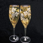 Vineyard wedding champagne flutes