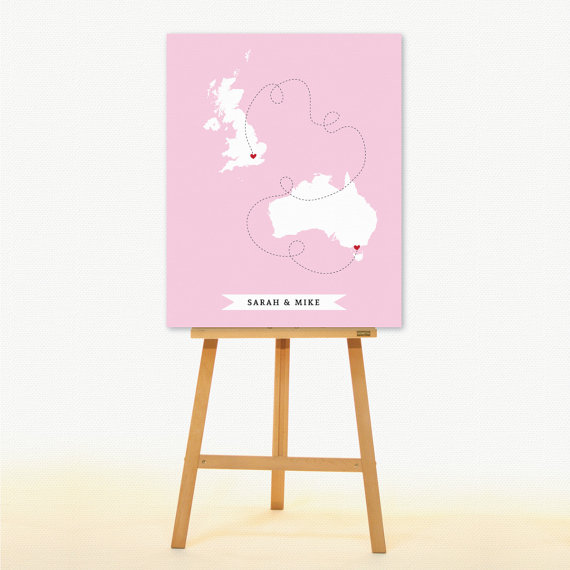 alternative guest book map on easel