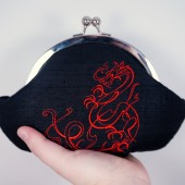 Black red dragon clutch