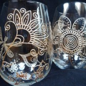 Custom stemless wine glass set in Henna style designs.Wedding glassware.Hand painted, crystal glass, dishwasher safe option to personalize, bridesmaid gift