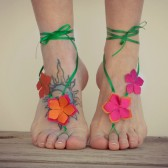 Luau beach wedding party favor, tropical barefoot sandals