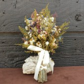 farmhouse bridal bouquet