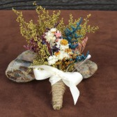 farmhouse boutonniere
