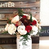 Winter wedding arrangement