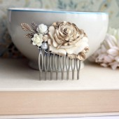 Wedding Hair Comb. Shabby Antiqued Ivory Gold Rose Hair Comb. Cream Rose Gold Petals, Leaf, Pearls Hair Comb. Bridal Comb