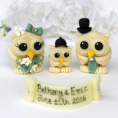 Champagne wedding, wedding cake topper, owl cake topper, love bird cake topper, cake topper with baby, owl family, cute cake topper