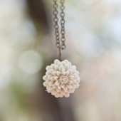 Ecru Ivory Mum Necklace