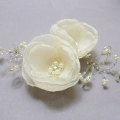 Bridal hair pins for your wedding day - Ivory - set of 2