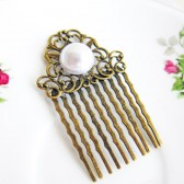 Pearl Vintage Inspired Hair Comb
