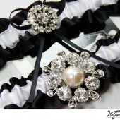 Black and white satin ribbon garter set
