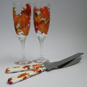 4 pc SET of Hand painted Wedding Toasting Flutes Champagne glasses and cake knives Autumn Leaves