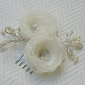 Flower headpiece - bridal hair comb - Beautiful beading- Ivory