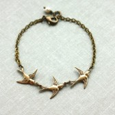 Three Tiny Brass Flying Swallow Bird Pearl Bracelet. Mother Daughters. 3 Sisters. Best Friends.