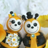 bee cake topper, wedding cake topper, custom cake topper, bumble bee, bride to bee