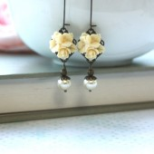 Ivory Star Flower Bouquet Bloom Ivory Pearl Antiqued Brass Dangle Earrings.