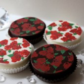 Vintage Rose Chocolate Covered Oreos
