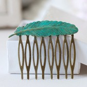 Feather Hair Comb. Verdigris Patina Blue Feather Hair Comb. Antique Brass Feather Hair comb. Woodland Inspired Wedding Bridal Hair Accessor