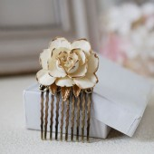 Ivory Rose Hair Comb. Ivory Cream Rose with Gold Petals, Antique Brass Filigree Hair Comb, Vintage Inspired Shabby Chic, Bridal Wedding Com