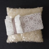 Charlotte lace clutch