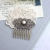 FreshWater Button Pearl, Shabby Chic, Vintage Style Art Nouveau Hair Comb. Pearl Wedding Clip