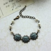 Three Dusty Blue Grey Rose Flower With Swarovski Ivory Pearls Bracelet. Dusk Blue Ivory Pearls Bracelet