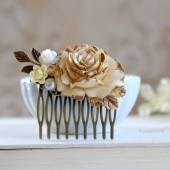 Antiqued Gold and Ivory Rose Hair Comb. Shabby Chic Ivory Gold Rose Collage Hair Comb. Ivory Wedding Haor Comb, Bridal headpiece