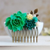 Emerald Wedding Bridal Hair Comb. Emerald Green Ivory Flowers Collage Hair Comb, Emerald Green Wedding Headpiece, Bridesmaid Gift