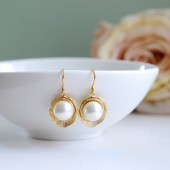 Gold Lotus Flower Cream White Shell Pearl Earrings. Bridal Earrings, Wedding Jewelry, Bridesmaid Gift