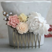 Large White flower Collage Hair Comb