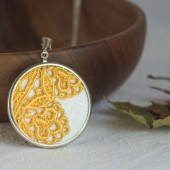 Yellow lace necklace