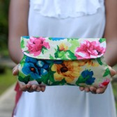 Floral Clutch in Cream
