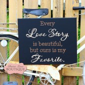 Every love story is beautiful, Canvas