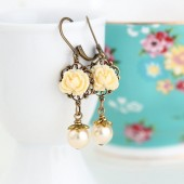 Pale Yellow Flower Earrings With Pale Golden Pearl