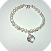 Freshwater pearl and calla lily bracelet