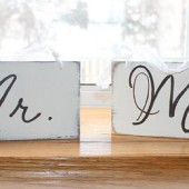 Mr and Mrs 2-sided Signs