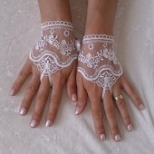 İvory lace wedding glove cuff