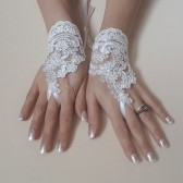 Bridesmaid gift Gloves, Wedding Gloves, Ivory Lace gloves, Fingerless Gloves, Ivory wedding, cuffs, wedding cuffs,