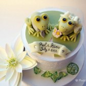 Frog cake topper, wedding cake topper, Etsy, summer wedding, custom cake topper, bride groom figurines, animal cake topper, cute cake topper, wedding cake,