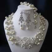ROYALTY COLLECTION wedding jewelry, bridal jewelry set, pearl necklace, bracelet, earrings, swarovski pearls, crystals, rhinestones brooch