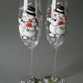Hand Painted Wedding Toasting Flutes Set Of 2 Personalized Champagne Glasses Wedding Theme Snowmen and Snow women