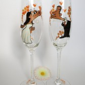 Hand painted Wedding Toasting Flutes Set of 2 Personalized Champagne glasses Kiss Me