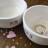 MR and MRS ceramic ring pillows