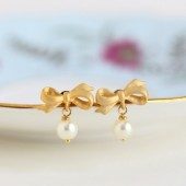 Gold Bow Pearl Earrings