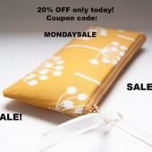 20% OFF/Cosmetic bag/ makeup bag/ bridesmaid gift idea clutch pouch bag mustard yellow white flowers/ SALE