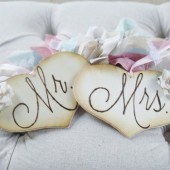Mr and Mrs chair sign