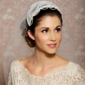 Juliet Veil - vintage lace cap with tulle veil