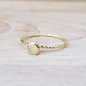 opal,gift,wedding,propose,bridal,bridesmaids,ring,rings,jewelry,jewellery,engagement