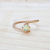 opal,gold ring,ring,bridesmade jewelry,jewelry gift,engagement ring,birthstone ring,opal ring,opal jewelry