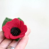 Poppy Hair Accessory for Bridesmaids